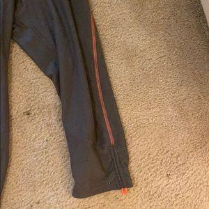 Champion Other - IChampion running 3/4 lth pants in  grey/salmon